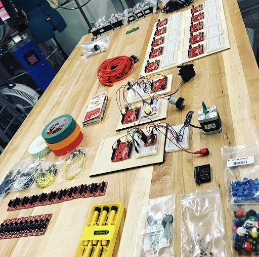 BLDG 61 Electronics Bench