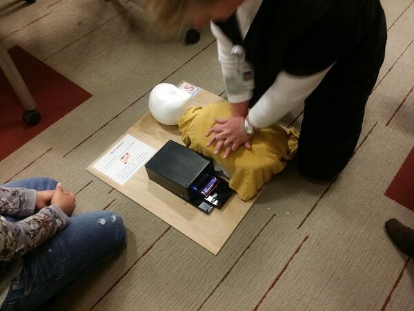 CPR simulator