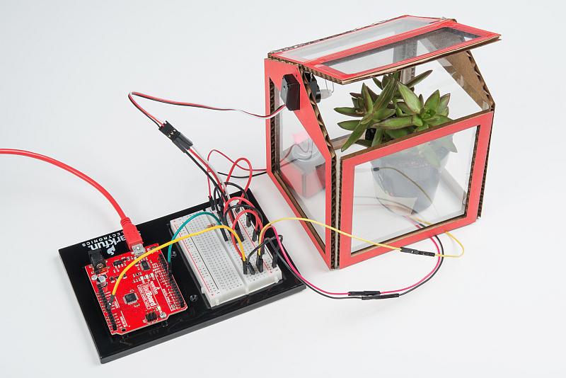 Desktop Greenhouse