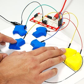 play dough circuits with the makey makey