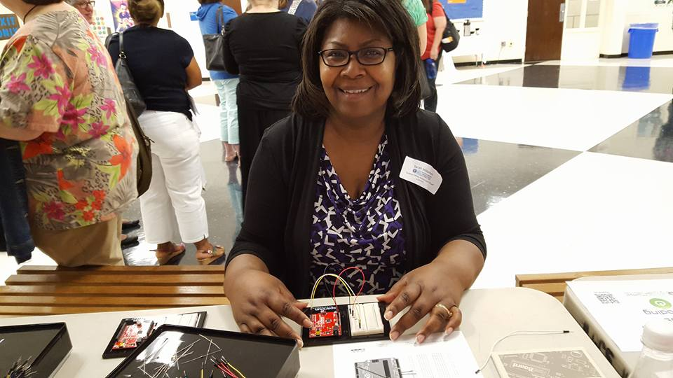 educator learning with SparkFun Inventor's Kit