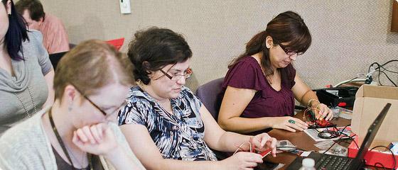 educators learning arduino