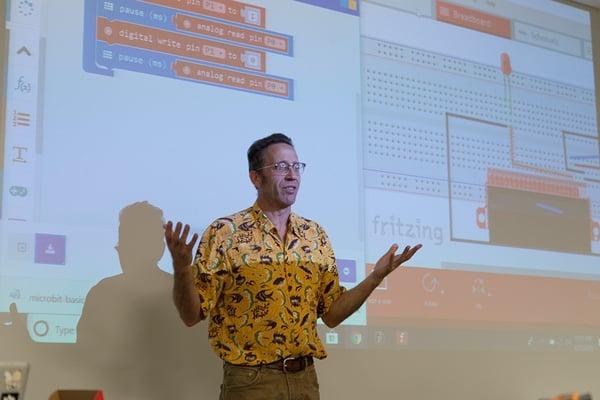 Jeff Branson teaching about micro:bit