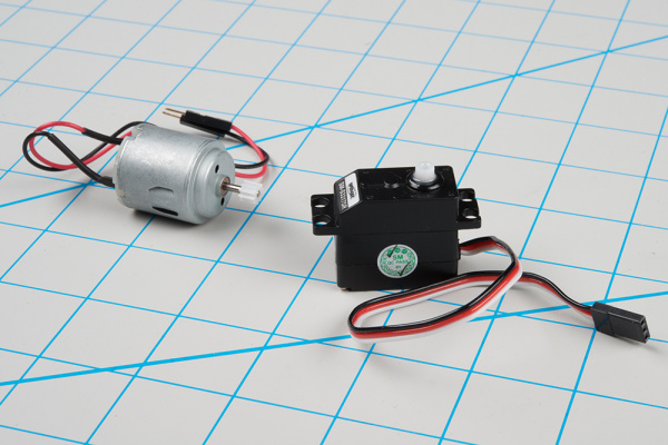 dc motor next to a servo motor